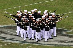 United States Marine Corps Silent Drill Platoon - Best of the Best Once A Marine, Marine Mom, Us Marine Corps, Military Love, Military Gear, Camp Lejeune, Military Pictures, Us Marines, Usmc