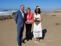 A very windy day at Point Arkwright on the Sunshine Coast. The sun was very bright and the sea was sparkling and this lovely couple were cool, calm and enjoyed their day. They were also very thankful for the help in securing a priority registry certificate before they left for overseas. All in the service!  #kaywaldingcelebrant #myweddings #bestoutdoorweddings #loveandmarriage
