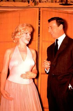 16/01/1960 Conference de Presse pour Let's Make Love - Divine Marilyn Monroe
