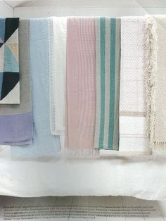 Elle Decoration May 2012 Pink Throws, Natural Home Decor, Kitchen Linens, Elle Decor, Blue Fabric, Table Linens, Linen Bedding, Print Patterns, Pure Products