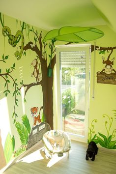 Wandgestaltung Kinderzimmer Dschungel You are in the right place about baby room decor Here we offer you the most beautiful pictures about the baby room … Nursery Wall Decor, Nursery Design, Baby Room Decor, Wall Design, Nursery Room, Boy Decor, Nursery Ideas, Jungle Nursery Boy, Baby Nursery Neutral