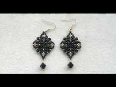 Classy Diamond shaped black superduo earrings ~ Seed Bead Tutorials