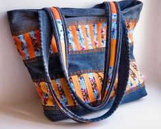 Denim Purse from old jeans and fabric Jean Purses, Purses And Bags, Denim Purse, Denim Jeans, Jeans Recycling, Sacs Tote Bags, Handmade Fabric Bags, Recycled Denim, Patchwork Bags