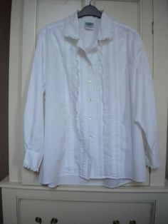 be70f4df356a2 Laura Ashley White Pin Tuck  amp  Lace Trimmed Cotton Blouse Size 14   fashion