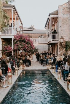 Goodness me this poolside ceremony from a New Orleans wedding planned by Brooke … – Vogue Wedding, Religious Wedding, Wedding Venues Texas, Wedding Locations, House Photography, Wedding Photography, New Orleans Wedding, Wedding Inspiration, Wedding Ideas