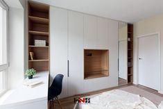 Este posibil ca imaginea să conţină: interior Bedroom Cabinets, Built In Desk, Room Design, Bedroom Interior, House Interior, Home Office Design, Small Room Bedroom, Home Interior Design, Closet Design