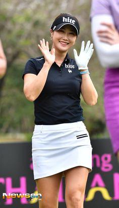 masters golf fashion by alaska Girl Golf Outfit, Cute Golf Outfit, Girl Outfits, Girls Golf, Ladies Golf, Sexy Golf, Masters Golf, Golf Tips For Beginners, Golf Wear