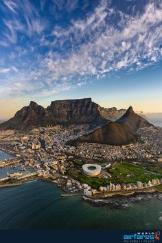 Aerial view of Cape Town, South Africa. Visit South Africa, Cape Town South Africa, Cape Town Photography, Table Mountain Cape Town, Places To Travel, Places To Visit, Safari, Travel Aesthetic, Travel Usa