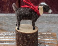 Goat in Brown - Needle Felted Christmas Ornament Peace Dove, Felt Christmas Ornaments, Santa Hat, Wool Felt, Felted Wool, Needle Felting, Goats, Crafty, Handmade