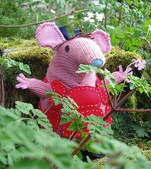 Knitted Clanger