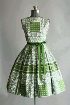 Need the pattern for this dress!