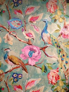 Strutting like a peacock. So proud to kick others when they are already down. Chinoiserie Wallpaper, Fabric Wallpaper, Pattern Wallpaper, Bird Wallpaper, Design Textile, Design Floral, Pics Art, Designer Wallpaper, Oeuvre D'art