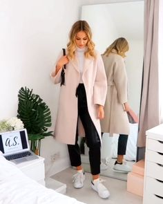 Latest Outfits, Mode Outfits, Teen Outfits, Winter Dress Outfits, Winter Fashion Outfits, Cute Lazy Outfits, Classy Outfits, 2000s Fashion, Look Fashion