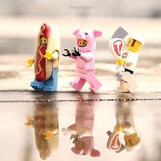 Lego Jokes, Lego Humor, Lego Technic, Lego Minifigs, Lego Man, Lego Guys, Lego Lego, Lego Wall Art, Lego Hacks