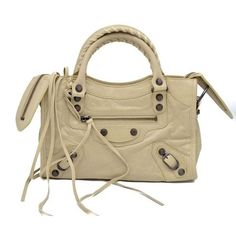 Pre-Owned Balenciaga Giant 12 Mini City Leather Tote in Beige ($975) ❤ liked on Polyvore featuring bags, handbags, tote bags, neutral, leather handbags, zipper tote, beige leather tote, mini tote bags and brown tote