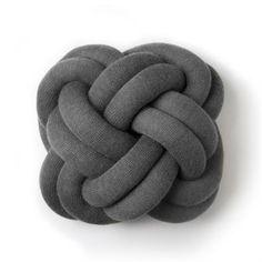 Knot kudde - grå - Design House Stockholm