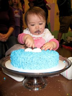 How to Throw an Inexpensive Cookie Monster Birthday Party