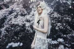 Behind the Lens: Bella Kotak Creates a Fairytale World Through Breathtaking Nature-Inspired Portraits - My Modern Met