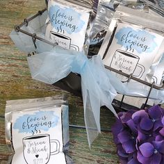 Four last minute coffee wedding favors that are easy to assemble plus they're personalized with your information. These favors are so simple anyone can make them. Fairy Birthday Party, Birthday Parties, Cupcake Packaging, Garden Party Favors, Coffee Wedding Favors, Last Minute Wedding, Banner Template, Custom Invitations, Baby Shower Themes