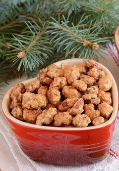 Lust auf gebrannte Mandeln? http://www.gofeminin.de/kochen-backen/gebrannte-mandeln-selber-machen-s1154330.html