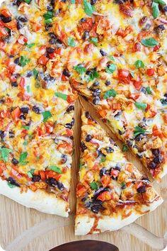 Chicken Fajita Pizza Chicken Fajita Pizza With Fresh Lime Juice, Olive Oil, Minced Garlic, Chili Pow I Love Food, Good Food, Yummy Food, Yummy Recipes, Fun Pizza Recipes, Chicken Pizza Recipes, Dinner Recipes, Jar Recipes, Freezer Recipes