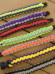 How to make paracord bracelets!