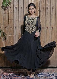 Visit www.waliajones.com to shop Malasa #malasa #waliajones #indian #clothes #online #anarkali #lehenga #saree #indian #indianwedding #indianbride #indians #indowestern #modernindian