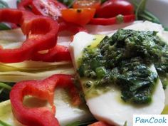 Sałatka z zielonym sosem/Salad with green sauce