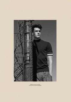 e6f5b52c29c8 Xavier Serrano for Men s Health Spain by Edu Garcia
