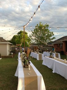Beautiful Backyard Wedding Decor Ideas To Get A Romantic Impression 12 In the event that you will have an outside wedding at your home it is basic that you initially make a topic. This will give a bringing together stylish to Read Wedding Reception Ideas, Wedding Set Up, Home Wedding, Wedding Ceremony, Wedding Planning, Wedding Tables, Wedding Menu, Trendy Wedding, Wedding Colors