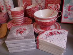 GreenGate Stoneware and Paper Napkins