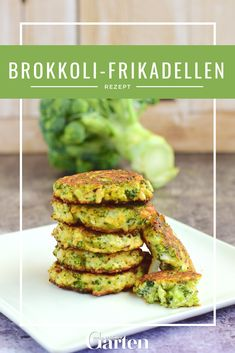 Vegetarian broccoli Vegetarische Brokkoli-Frikadellen The broccoli stalks can be wonderfully processed for a healthy snack. The small meatballs are refined with parmesan and spring onions. Good Healthy Recipes, Healthy Snacks, Vegetarian Recipes, Vegetarian Meatballs, Crockpot Recipes, Soup Recipes, Pasta Integral, Ground Beef Recipes, Seafood Recipes