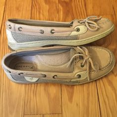 Sperry top siders Very cute! Needs a good home because they unfortunately don't fit Sperry Top-Sider Shoes Flats & Loafers