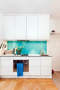 Cozinha dos sonhos com adesivo de frutas! Projeto da Designer de interiores Iara Kílaris     Chegou a hora de eu decorar minha cozinha...