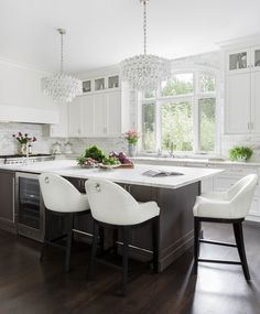 Kitchen Designer Seattle Extraordinary Classic Marble Kitchen  Kat Lawton Interiors  Seattle Interior Inspiration