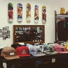 Tablas, zapatillas y accesorios skate en La Dolce Vita Shop (calle San Lorenzo 24) #zaragoza