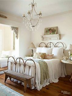 30 Shabby Chic Bedroom Ideas   Decor and Furniture for Shabby ...