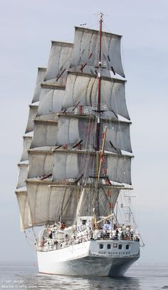 """""""DAR MLODZIEZY"""" is a Polish Full Rigged Ship – Built in 1982 and Used as a School Ship for Soon-to-Be Merchant Seaman – has a Crew of 44 with Accommodations for 30 - 120 Cadets Old Sailing Ships, Wooden Ship, Yacht Boat, Tug Boats, Sail Away, Submarines, Wooden Boats, Model Ships, Beach Portraits"""