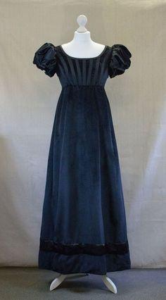 Black Velvet Regency Dress Mourning Regency Gown image 2