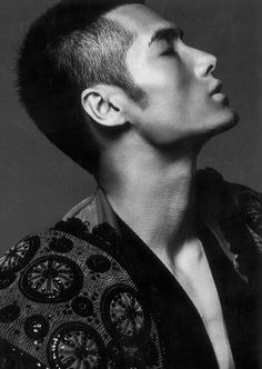 """, """"You Look Good to Me"""" (""""Eye Candy"""" for my female readers) Asian Male Model, Male Models, Male Profile, Side Portrait, Human Drawing, Renaissance Men, Vogue, Japanese Men, Male Face"""