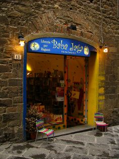 children book shop, Pistoia, Italy by j.labrado, via Flickr