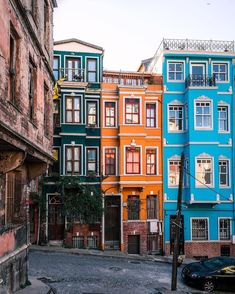 The 12 Cities With The Most Colorful Houses In The World - Istanbul, Turkey architecture Istanbul Travel, Cities, Adventure Is Out There, Old Town, House Colors, Destinations, Beautiful Places, Places To Visit, Colorful Houses