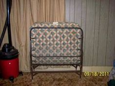 We had one of these roll away beds!!