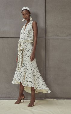 Get inspired and discover Silvia Tcherassi trunkshow! Shop the latest Silvia Tcherassi collection at Moda Operandi. Looks Style, My Style, Cute Dresses, Summer Dresses, Fashion 2020, Fashion Trends, Gowns, Street Style, Sport