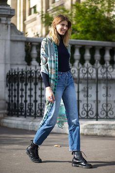 Veronika Heilbrunner   - HarpersBAZAAR.   #streetstyle #style #fashion Street Style