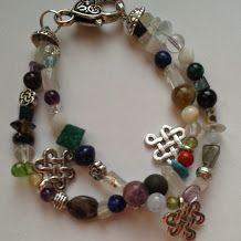Különféle ásványokból készült karkötő. Bracelet from different kind of stones.