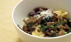 Recipe: Rich No-Cream Wild Mushroom Pasta Sauce