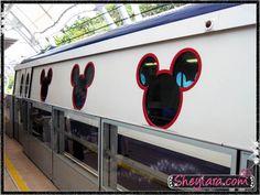 Hong kong disneyland train