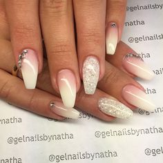 #nail#nails#nailart#nailfollowers#nailinsta#instanails#instafollow#instafashion#instafollowers#instagirls#gel#gelart#nailaddict#gelnails#follow#fashion#followers#fashioninsta#fashionnails#sculpture#nailaddicts#woman#salongnicehair#hudabeauty#ombre#fade#french#white#glitter