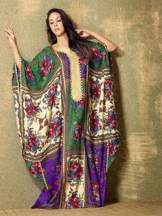 nashel, is the tradetional kaftan of gulf irea Arab Fashion, Indie Fashion, Kimono Fashion, Fashion Dresses, Dubai Fashionista, Kaftan Designs, Modele Hijab, Classy Suits, Estilo Hippie